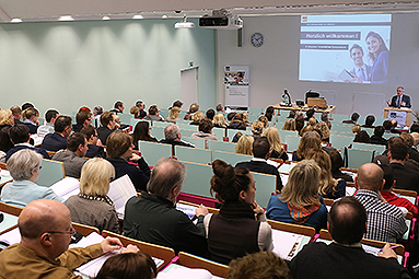 Bild: 120 Besucher beim Immobilien-Symposium in Essen