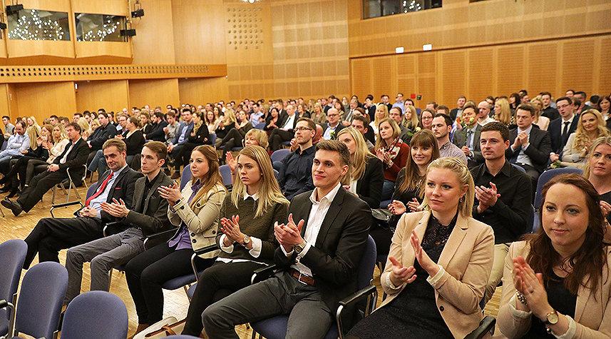 Bild: 15 Jahre FOM in Siegen