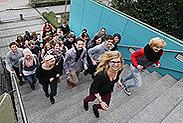Bild: 41 junge Siemens-Azubis studieren an der FOM