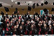 Bild: 76 junge Chinesen feiern Masterabschluss in Essen