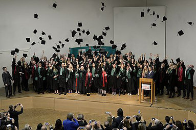 Bild: Absolventenfeiern in Mannheim und Nürnberg