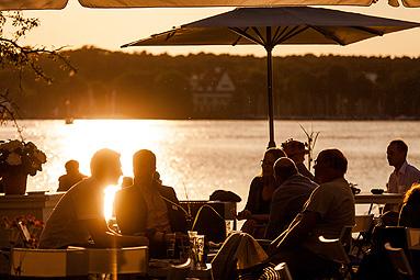 Bild: Alumni Sommerfest am Wannsee