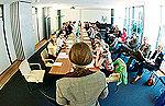 Bild: Bis 1. August für FOM Schüler-Studium bewerben