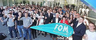 Bild: Bundesweiter Semesterstart an FOM und VWA