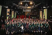 Bild: Düsseldorf und Neuss feierten Absolventen im Theater der Träume