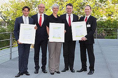 Bild: EffizienzCluster Award für Prof. Klumpp