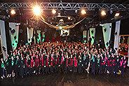 Bild: FOM Düsseldorf verabschiedet 250 Absolventen