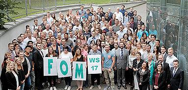 Bild: FOM begrüßt neue Studierende zum Wintersemester