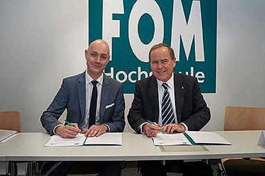 Bild: FOM ernennt Nürnberger Kliniken Dr. Erler zum Akademischen Lehrkrankenhaus für Pflege