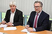 Bild: Kuniberg Berufskolleg Recklinghausen und FOM vereinbaren Kooperation