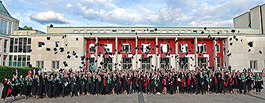 Bild: Mehr als 1.000 Gäste bei Essener Absolventenfeier