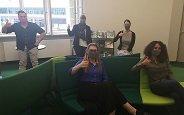 Bild: Münchner FOM Hochschule bekommt 40 selbst genähte Gesichtsmasken geschenkt
