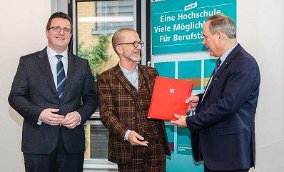 Bild: Neuer Kooperationspartner: Stadt Frankfurt am Main und FOM Hochschule