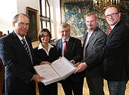 Bild: Neues Duales Studium Steuerrecht in Duisburg vorgestellt