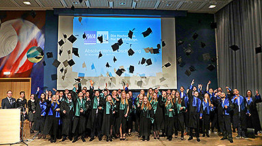 Bild: VWA verabschiedert bundesweit hunderte Absolventen
